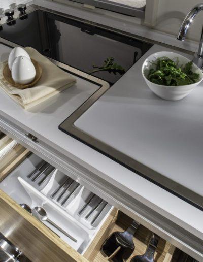 018-altea-542-pk-detail-kitchen-drawers-4bc4294